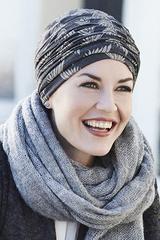 Los turbantes más alegres para personas con cáncer