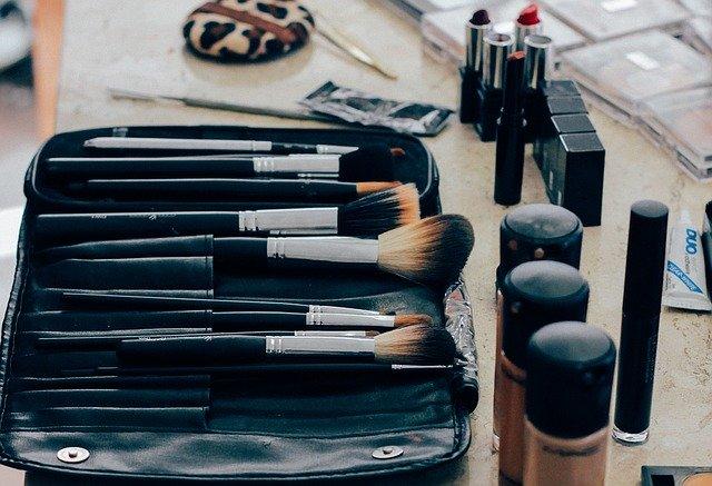 maquillaje natural para pacientes oncológicos