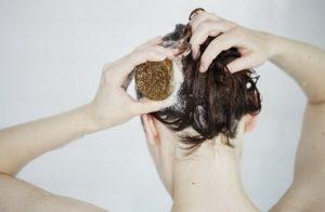 La quimio te puede causar la pérdida de cabello